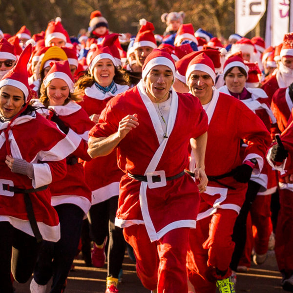 Take part in the Santa Run in aid of Unicef UK ©Unicef_Tsang